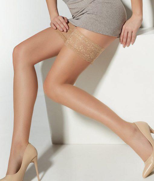 Flotte selvsiddende strømper med elegant blondekant