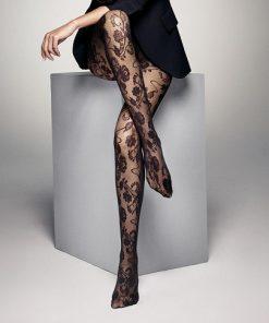 Feminine strømpebukser med smukt mønster